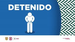 2236: En la alcaldía Benito Juárez, oficiales de la SSC detuvieron a un hombre por posible robo de un dispositivo móvil a una ciudadana